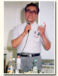 創業者・田口知徳氏による講演の様子(1982年)