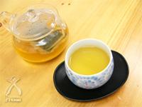 柿茶:ホットでもビタミンが壊れない