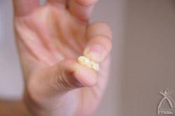 大豆の煮上がりは親指と小指でつぶれるくらい