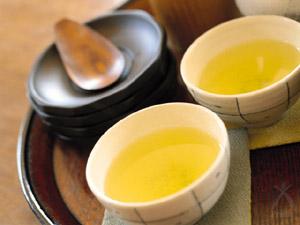 農薬不使用、有機栽培の京のお茶