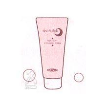洗顔フォームを手のひらでよく泡立てて顔を洗ってください。