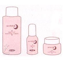 仕上げは神秘の水配合の「ゆの里由来化粧品」の化粧水・美容液・保湿クリームをぬってお肌に必要な栄養分を補い、毛穴に入った神秘の水が逃げないようにお肌の保護をします。トラブル肌が全身の場合は美容液をご使用ください。