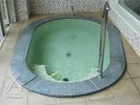 月のしずく:金水・銀水・銅水の温泉