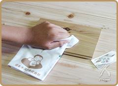 サンプル材にキヌカを試し塗りし、材に染み込むか確認して下さい。