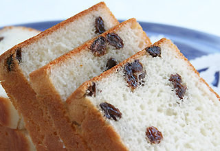 米(マイ)ベーカリー ぶどうパン