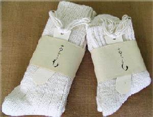 手紡ぎ糸の靴下「あしごろも」