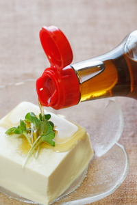 お豆腐にごま油+塩