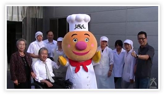 地ぱんマン銀嶺の皆さんと記念撮影