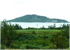 島尻から望む大神島