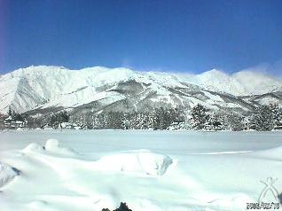 オーブスの夢水肌:オーブス社オフィスから見える白馬三山